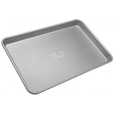USA Pans Half Sheet / Large Jellyroll Pan with Americoat