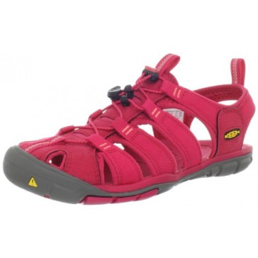 KEEN Women's Clearwater CNX Sandal,Barberry/Hot Coral,5 M US
